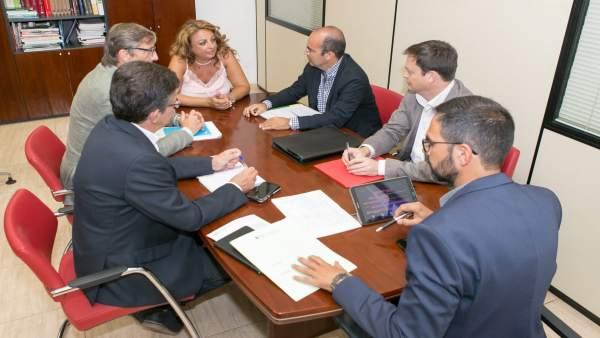 Reunión de responsables de Trabajo con la consejera canaria Cristina Valido