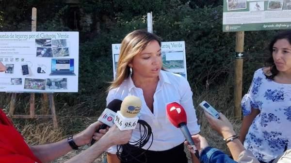 Carolina Blasco presenta la programación.