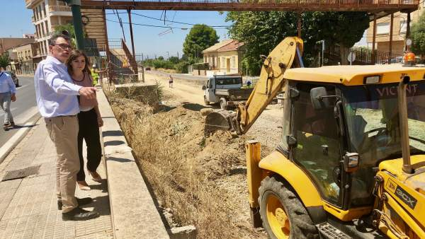 Visita alcalde y concejal Pérez obras Vía Verde San José de la Vega