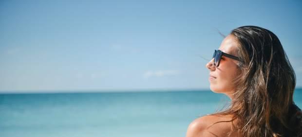 Aftersun o crema hidratante: ¿cuál es mejor para cuidar la piel después del sol?