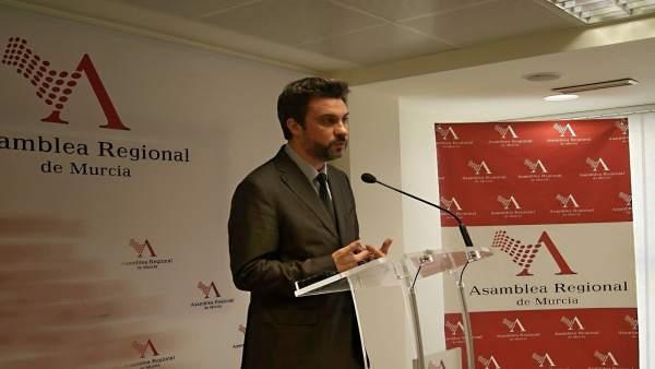 El diputado del PSOE, Joaquín López, en la Asamblea