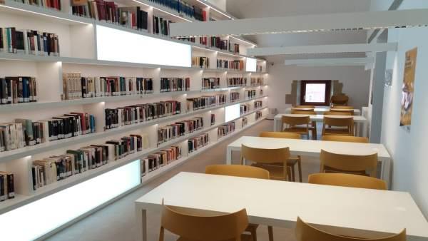 Biblioteca de Lardero