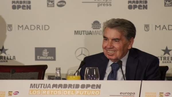 Manolo Santana en los desayunos deportivos de Europa Press