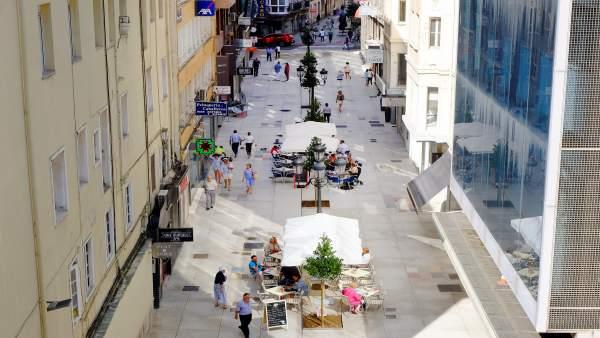Concluye la renovación de la calle Miguel Artigas de Santander