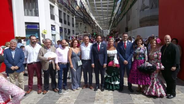 Carnero, junto a dirigentes socialistas en calle Larios