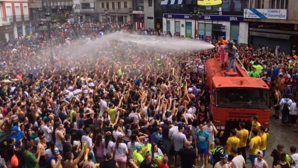 Disfrute de una de las ediciones de la Festa da Auga de Vilagarcía.