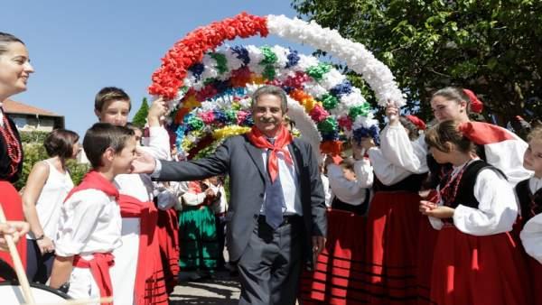 Miguel Ángel Revilla en el Día de Cantabria de 2017.