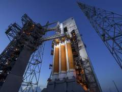 La NASA lanza con éxito la sonda Parker con el objetivo de 'tocar' el Sol