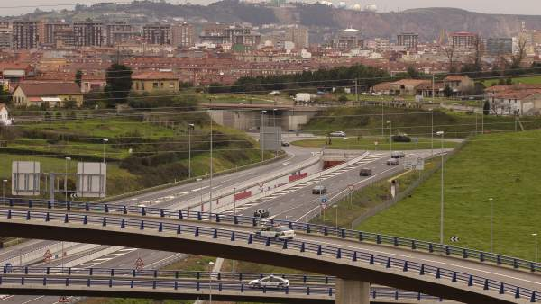 Autovía minera a su paso por Gijón