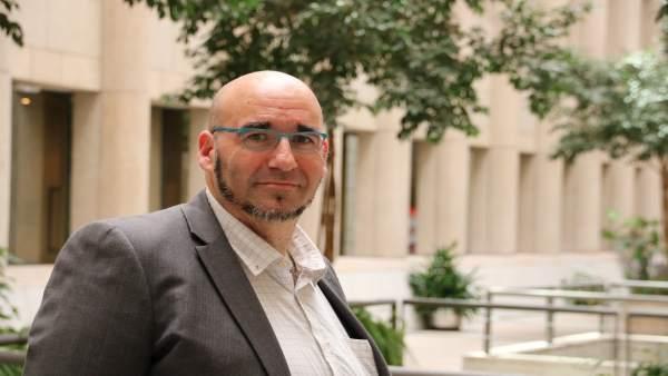 El senador de Compromís Jordi Navarrete