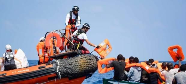 Rescate de migrantes en el Mediterráneo por parte del 'Aquarius'