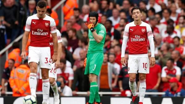 Özil, Cech y Xhaka