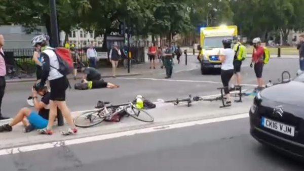 Tres heridos por un ataque cerca del Parlamento británico