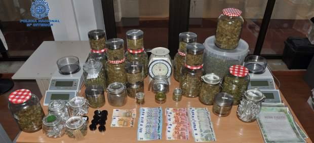Tres detenidos y 2,5 kilos de marihuana intervenidos en una asociación de cannabis de Port de ...