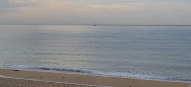 Reabren las playas de Ciutat Jardí y Can Pere Antoni tras comprobar que las aguas son aptas para ...