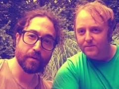 Los hijos de Lennon y McCartney comparten una foto juntos y se vuelve viral