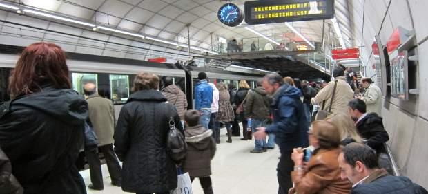Las tres líneas de Metro Bilbao circularán 24 horas al día desde el sábado 18 de agosto al domingo 26