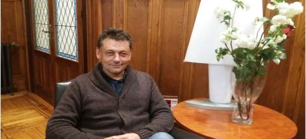 "IU destaca la ""calidad humana"" de Javier Ardines"