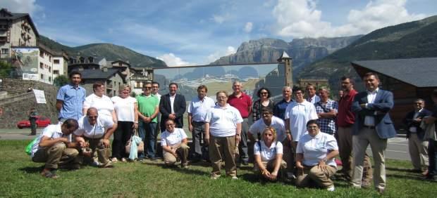 Olona se compromete a compatibilizar la conservación y el uso público de Ordesa con el desarrollo de la zona