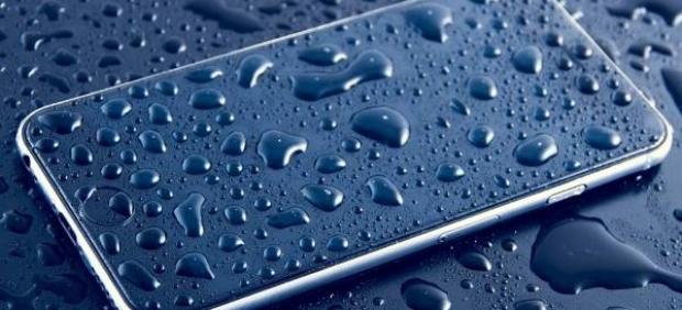 Cómo limpiar y mantener el teléfono móvil (casi) como nuevo