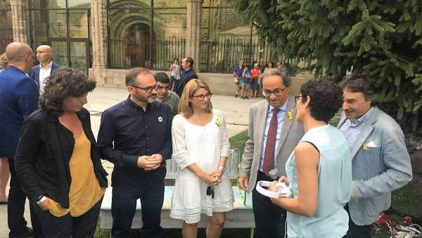 Teresa Jordà, Josep Costa, Elsa Artadi, Quim Torra y Jordi Munell