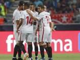 El Sevilla celebra un tanto en la Supercopa de España celebrada en Tánger frente al Barcelona.