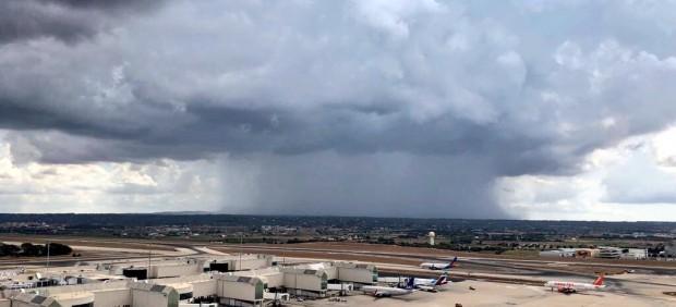 Tormenta en el aeropuerto de Palma, mal tiempo, recurso