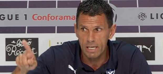 Poyet la lía: amenaza con dimitir en rueda de prensa y el Girondins le suspende