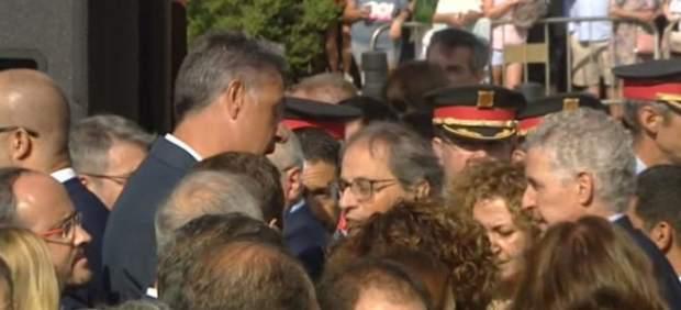 Encontronazo entre Torra y Albiol en el homenaje a las víctimas de Cambrils