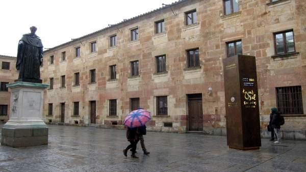 Salamanca.- Tótem del VIII Centenario de la USAL