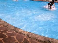 Los socorristas advierten de que hay más ahogamientos de niños por despistes con el móvil