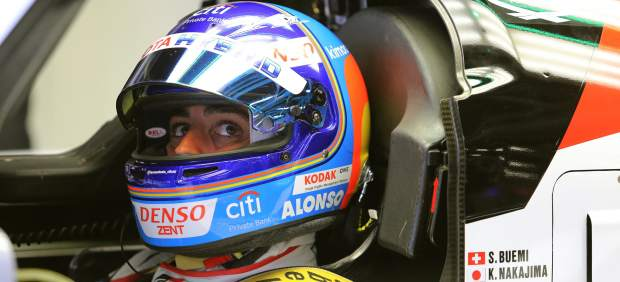 Fernando Alonso pierde las 6 Horas de Silverstone por exclusión de los Toyota