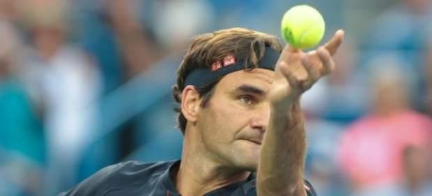 Federer critica el formato de la Copa Davis diseñado por Piqué