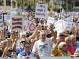 Pensionistas se manifiestan durante las fiestas de Bilbao.