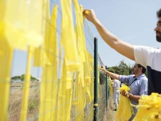 Cs retira lazos amarillos de Sant Cugat del Vallès (Barcelona)