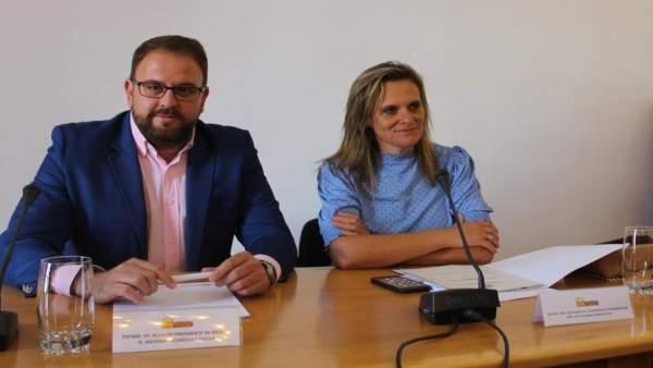 El alcalde de Mérida y la delegada del Gobierno, Yolanda García Seco