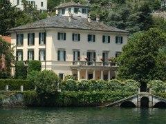 Los duques de Sussex, de vacaciones en Italia con el matrimonio Clooney
