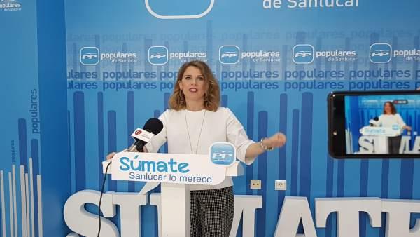 La presidenta del Partido Popular de Sanlúcar, Ana Mestre