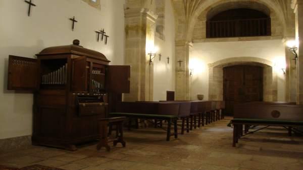 Colegiata De San Fernando, En Covadonga