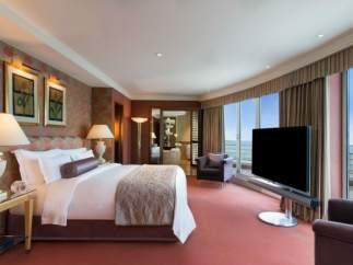 12 dormitorios