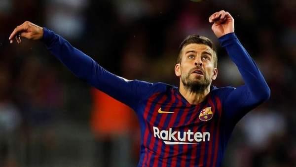 Piqué, con la camiseta del Barcelona.