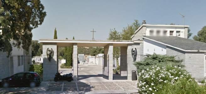 Entrada al cementerio de El Pardo