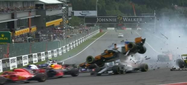 Circuito Fernando Alonso Accidente : Indy fernando alonso sufre su primer accidente en