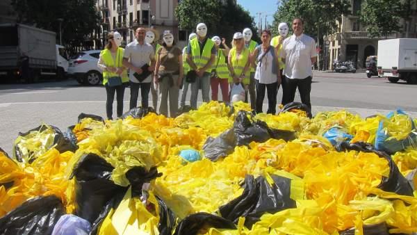 Resultado de imagen de Las Brigadas de Limpieza Catalanas