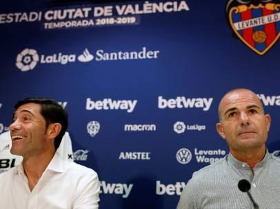 El Levante repartirá 50.000 botellas de agua y 18.000 gorras gratis en el  derbi valenciano tras la polémica por el horario e76bcc3d68f