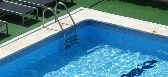 Piscinas ltimas noticias de piscinas en - Piscinas de patas ...