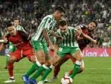 Betis y Sevilla han jugado un disputado derbi en el Benito Villamarín.
