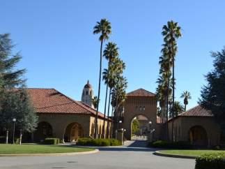 2. UNIVERSIDAD DE STANFORD (EE.UU.)