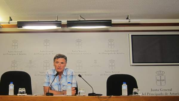 El diputado autonómico de Podemos Enrique López.