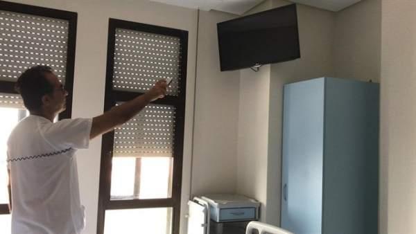 El Hospital Infanta Elena incorpora el servicio de televisión gratuita.